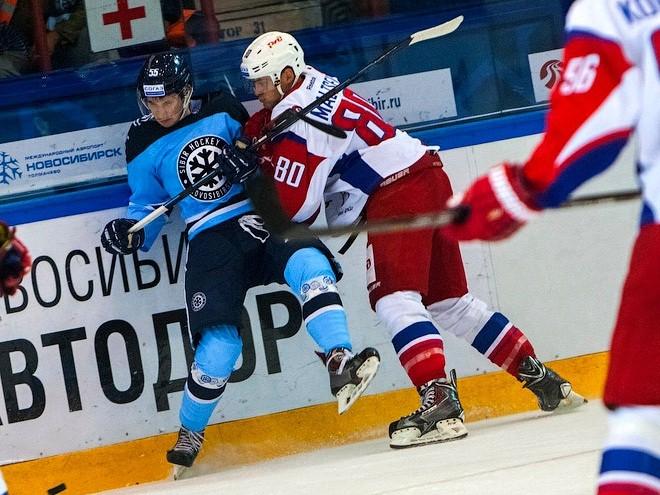Сибирь — Локомотив КХЛ 18.12.2018 в 15:30 (МСК) прямая трансляция смотреть онлайн, счет, видео