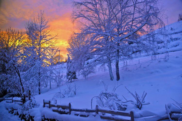 Самый короткий день в 2018 году 22 декабря — День зимнего солнцестояния: когда, приметы, традиции праздника