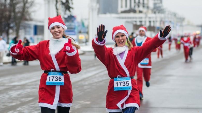 23 декабря благотворительный забег Дедов Морозов — 2018 на ВДНХ в Москве