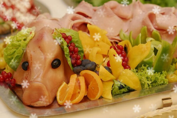 Новый год 2019 меню: что приготовить на новогодний стол 2019, можно свинину или нет, вкусные салаты