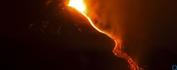 Вулкан Этна в Италии: извержение: последние новости, фото, видео, число жертв