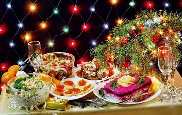 Новогодний стол 2019: вкусное меню, что приготовить, рецепты салатов, сколько будет стоить