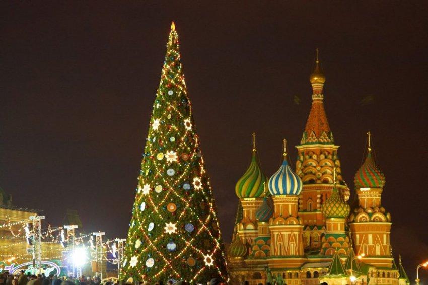 Елка на Красной площади в Москве 2019