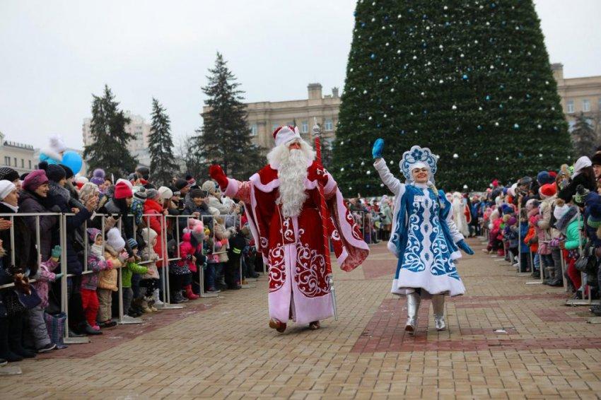 Парад Дедов Морозов и Снегурочек пройдет 22 декабря в Белгороде