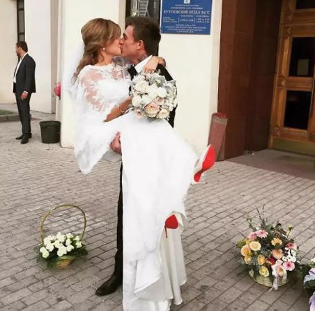 Влад Топалов рассказал историю любви с Региной Тодоренко