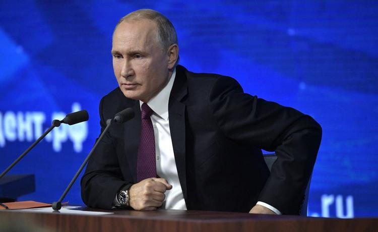 Путин потребовал от чиновников реальные позитивные результаты