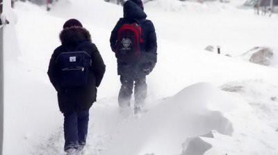 В школах ряда регионов России из-за морозов отменены занятия