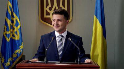 Шоумен Владимир Зеленский вышел в лидеры президентской гонки на Украине