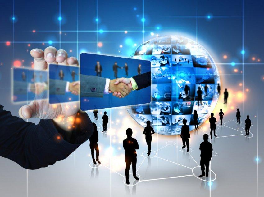 Цао Хэпин, профессор Пекинского университета, рассказал о долгосрочных перспективах развития интернет-индустрии