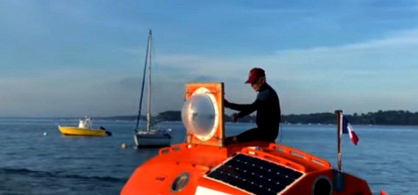 В бочке через Атлантику: 71-летний француз выбрал необычное плавсредство, чтобы пересечь океан