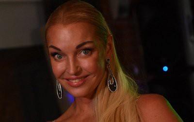 Волочкова устроила перепалку в ток-шоу «Звезды сошлись»