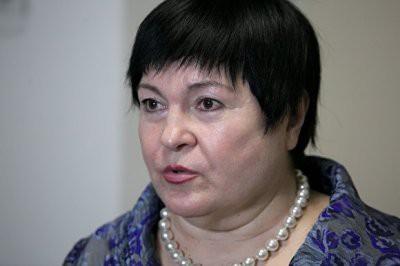 В Екатеринбурге депутат Елена Дерягина предложила отменить бесплатное питание