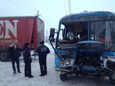 В Нижнем Новгороде более 20 человек пострадали в ДТП с автобусом