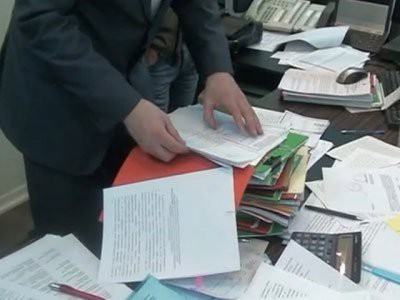 «Интерфакс»: ФСБ проводит обыски в нескольких агрохолдингах