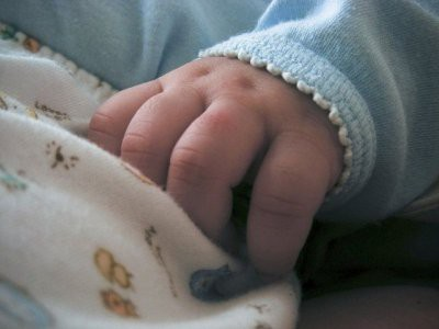 18-летний житель Белогорска жестоко избил годовалого ребенка
