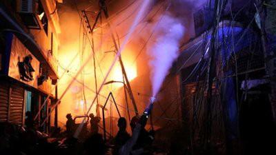 В Бангладеш при пожаре погибли более 80 человек