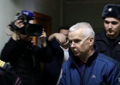 «Представители СМИ, помогите установить истину!»: Обвиняемый в изнасиловании дознавательницы заявил, что его подставили