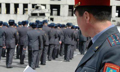В Алматы полиция перешла на усиленный вариант несения службы
