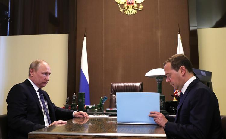В Госдуме объяснили когда пенсионеры получат доплаты по распоряжению Путина