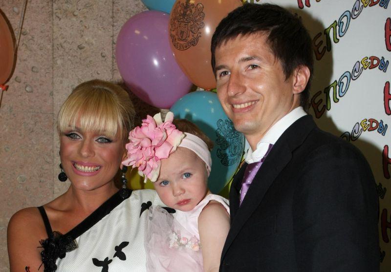 Стало известно, почему дочь Юлии Началовой не будет жить с родным отцом