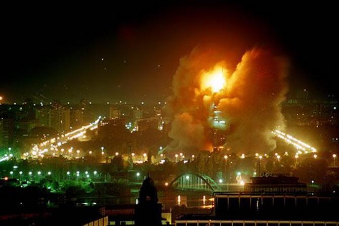Ровно 20 лет назад самолеты НАТО начали бомбить Югославию