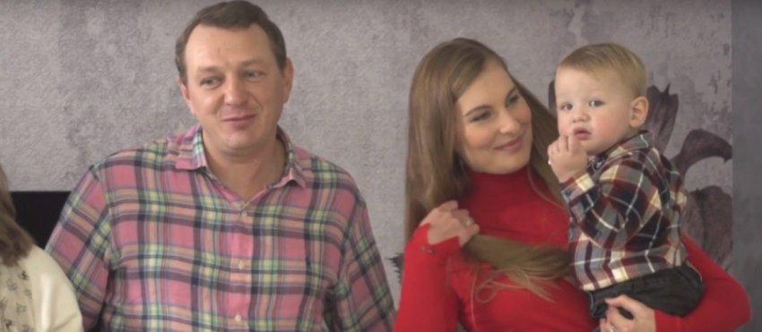 Марат Башаров опроверг слухи о разводе и показал отдых с женой