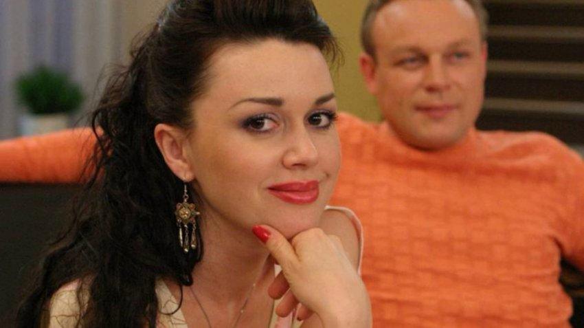 """Анастасия Заворотнюк стала в Америке персоной """"нон-грата"""" после неудачной риелторской сделки"""