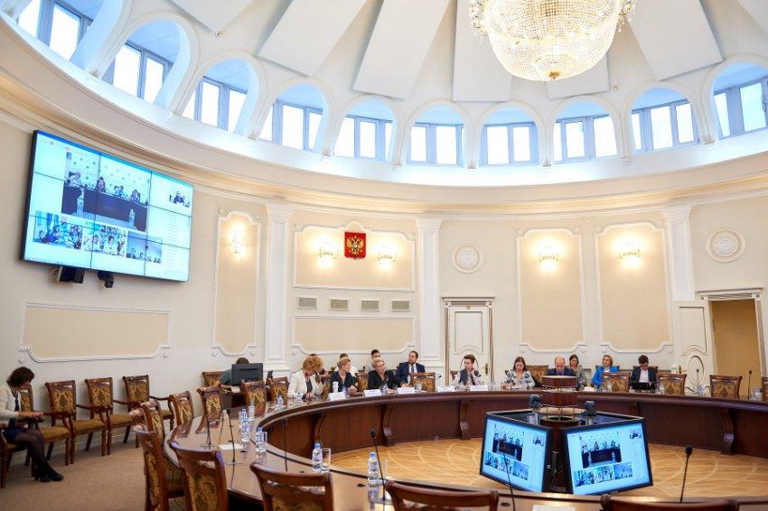 Минпросвещения РФ выступило с инициативой, позволяющей многодетным и бедным семьям отдыхать бесплатно