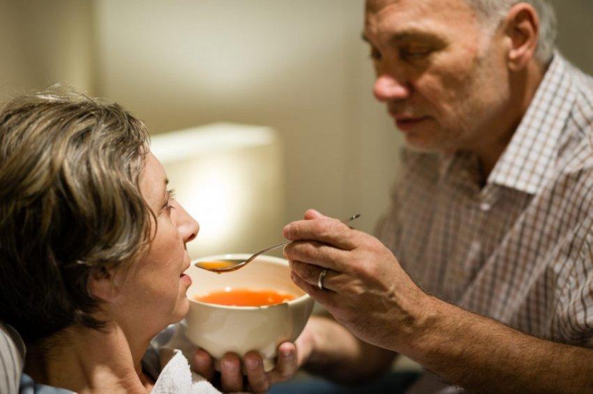 Подручные средства для снижения температуры тела без таблеток и врача
