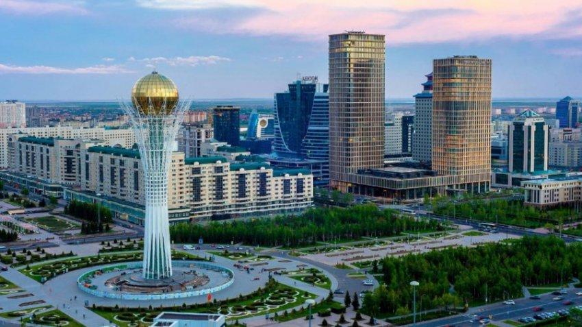Астана официально переименована в Нур-Султан