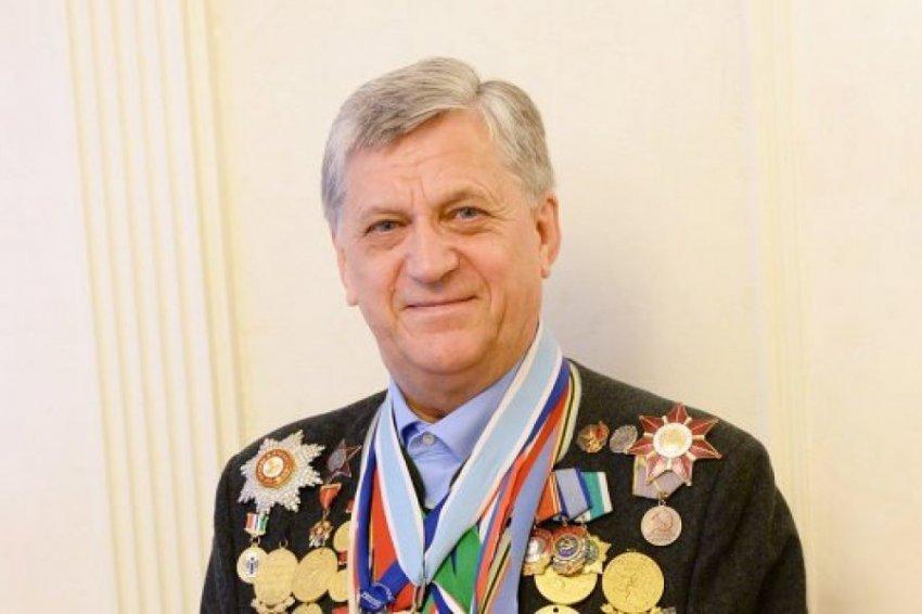 Биатлонист Александр Тихонов: олимпийского знаменосца превратили в элитного киллера