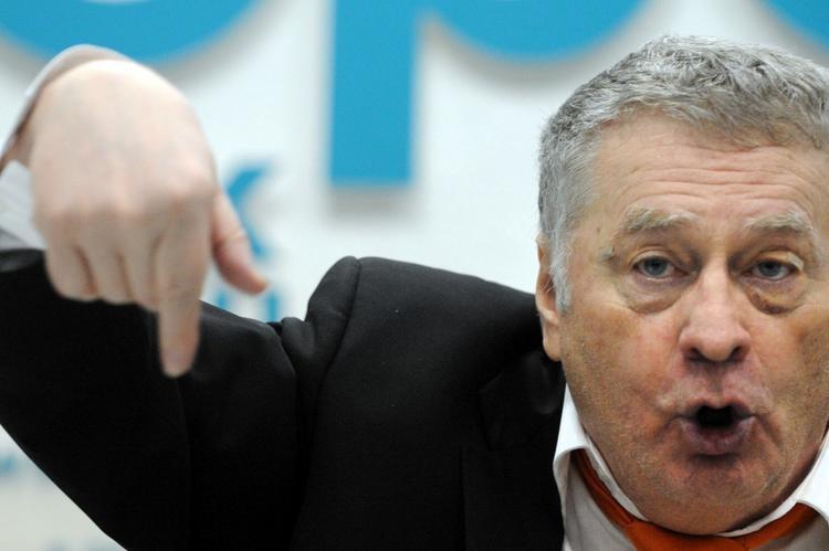 Жириновский пообещал продукты по талонам