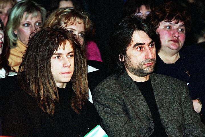 Александр Толмацкий назвал вдову Децла сумасшедшей