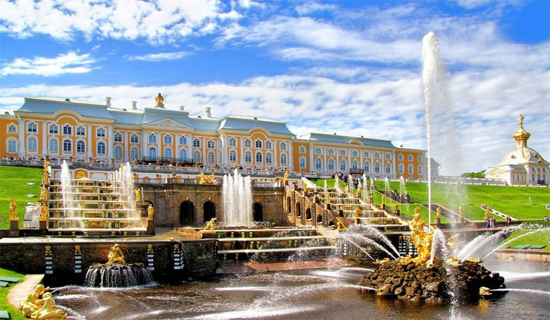 Открытие фонтанов в Петергофе в 2019 году — расписание работы после запуска