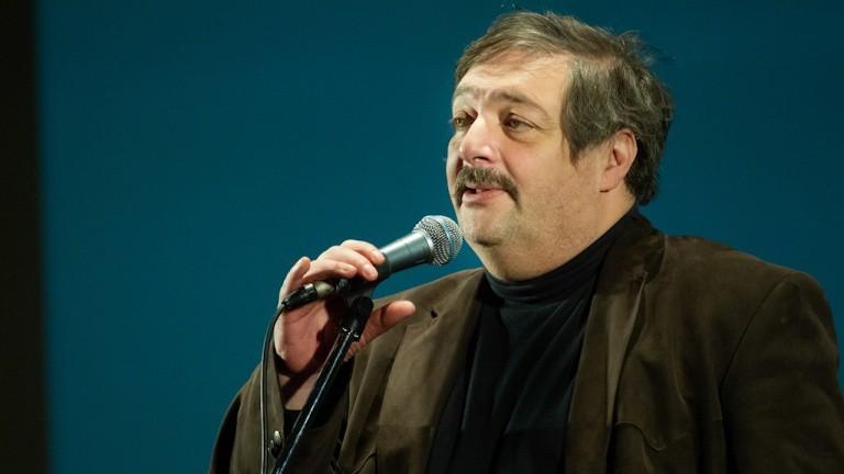 Дмитрия Быкова госпитализировали в больницу с инсультом