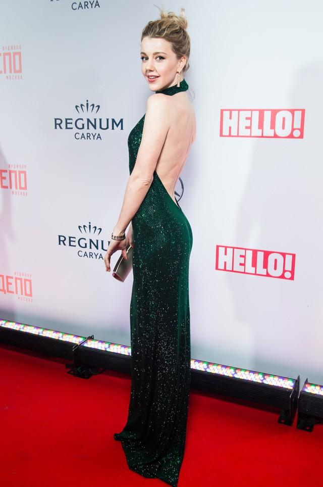 Наряды, в которых пришли на премию Hello! звезды шоу бизнеса