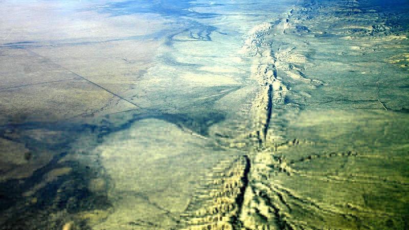 На разломе Сан-Андреас произошли сотни землетрясений