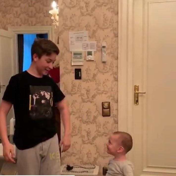 Старший сын Плющенко растёт копией отца