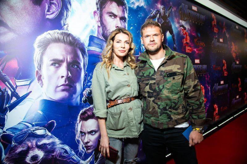 Новая возлюбленная Владимира Яглыча - такая же красавица, как и его бывшая жена, Светлана Ходченкова