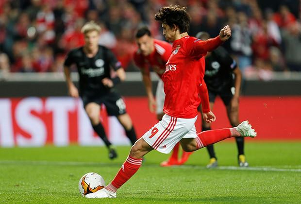 Роналду назвал 19-летнего Жоау Фелиша своим футбольным наследником