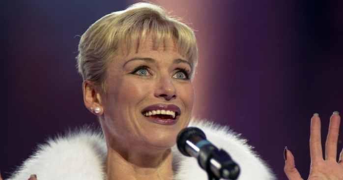 Понаровская назвала «позором» присуждение ей звания народного артиста