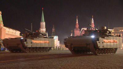 Прошла первая ночная репетиция парада Победы в Москве: видео