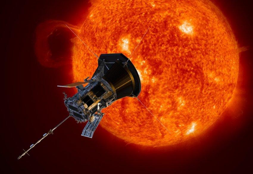 Возле Солнца обнаружены неизвестные огромные объекты