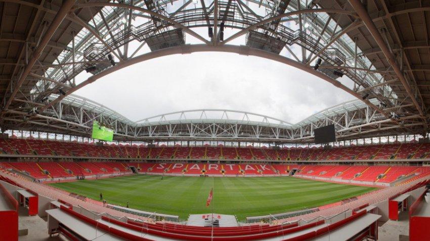 Футболист московского «Спартака» счел маленькой зарплату в 1,5 миллиона рублей в месяц