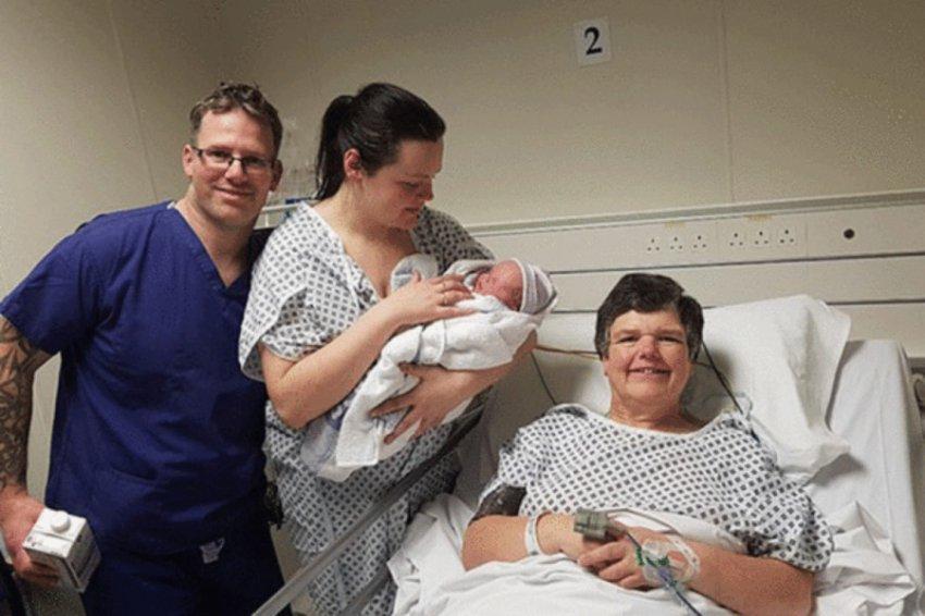 Бабушка из Великобритании родила собственную внучку