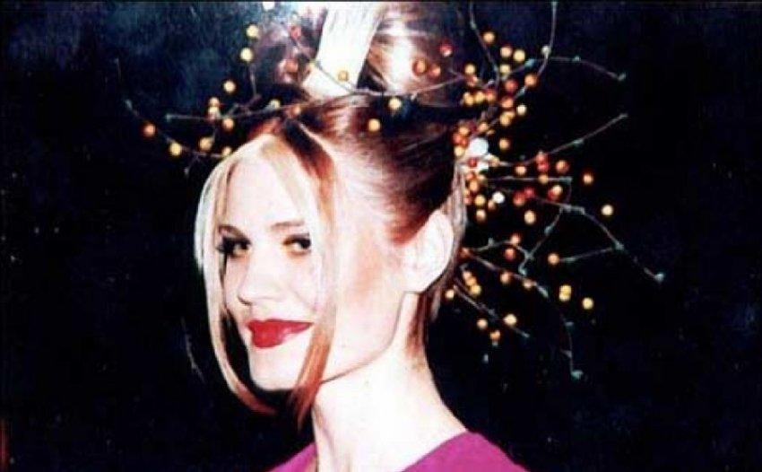 Как живет модель Элеонора Кондратюк, 20 лет назад облитая кислотой и ослепшая
