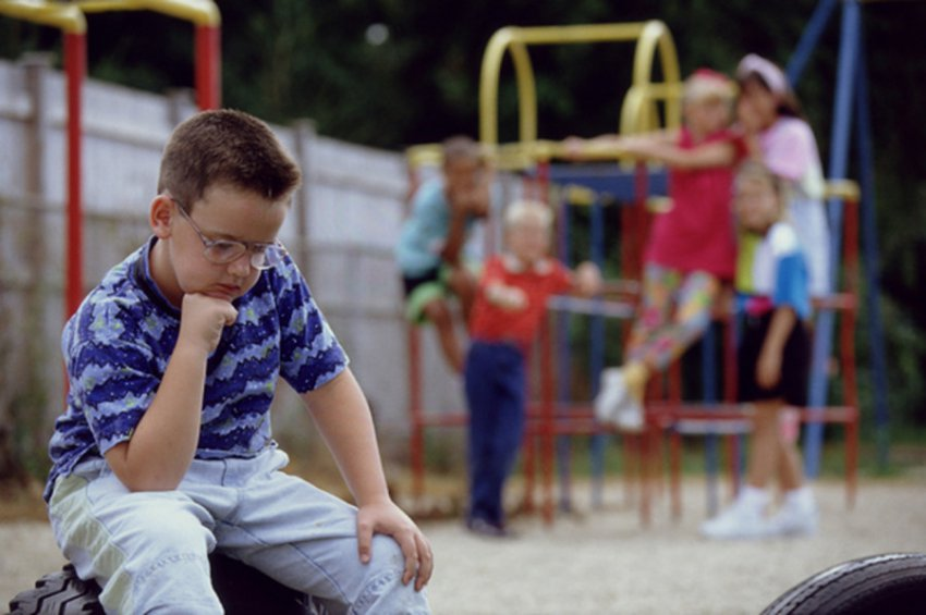 Чужие среди своих: как дети-инвалиды становятся изгоями и жертвами ненависти