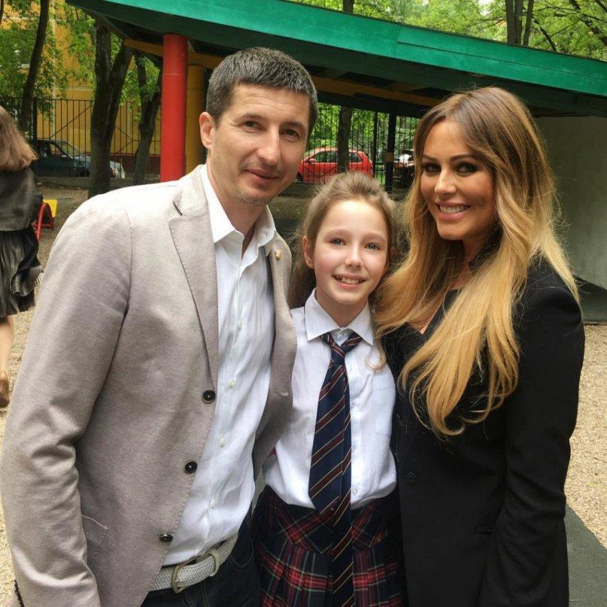 Дочь Началовой впервые появилась на публике после похорон мамы