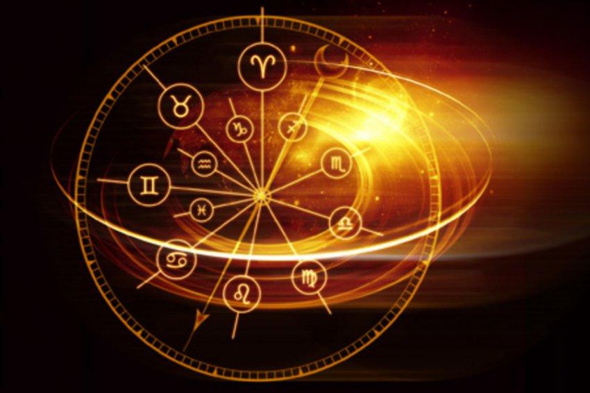 Гороскоп на 2019-й год с судьбоносными датами от астролога Ульянкиной