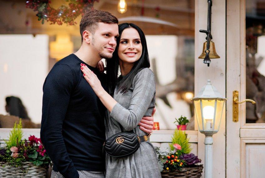 Ясновидящая Саона прокомментировала «кровавый скандал», который Романец закатила мужу